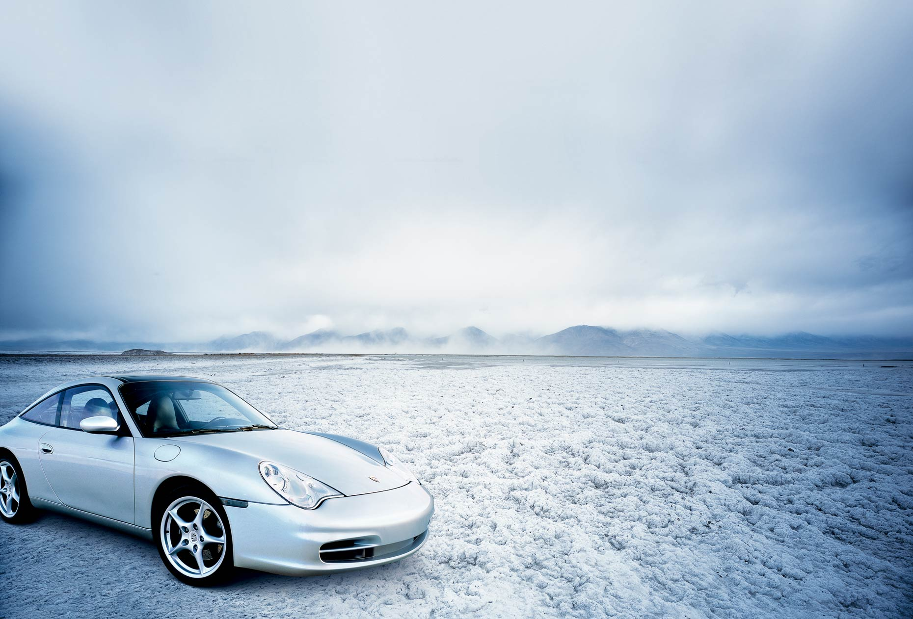 Porsche-Salt-flat-high-res.jpg